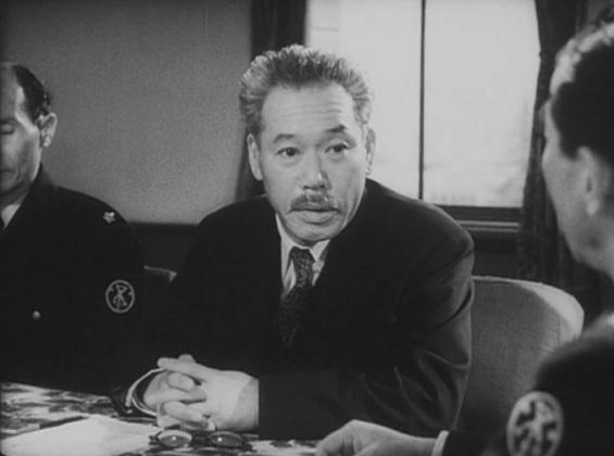 El Dr. Yamame regresa de la película anterior