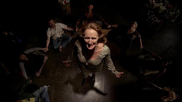 Fiona Shaw tuvo que interpretar dos papeles en uno, la temerosa Marnie y la vengativa Antonia