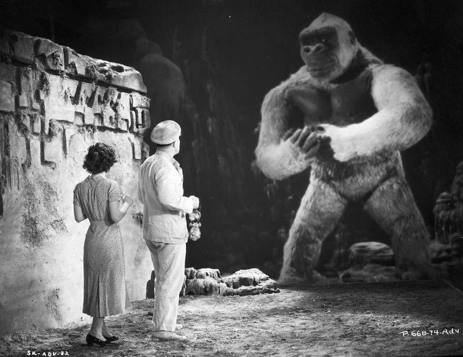 """El pequeño Kong y sus """"padres adoptivos"""""""
