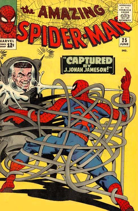 Jameson controlando un Spider-Slayer para matar a Spider-man