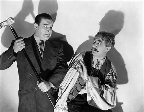 Lon Chaney Jr y Bela Lugosi en una imagen publicitaria del film