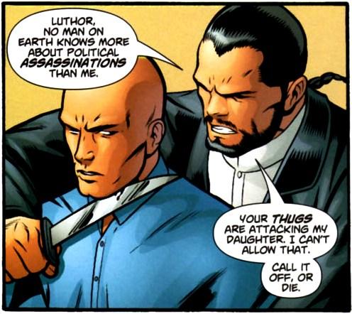 Vandal Savage y Lex Luthor negociando