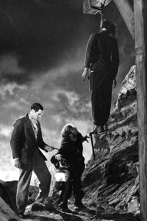Frankenstein y Fritz a punto de robar otro cadaver