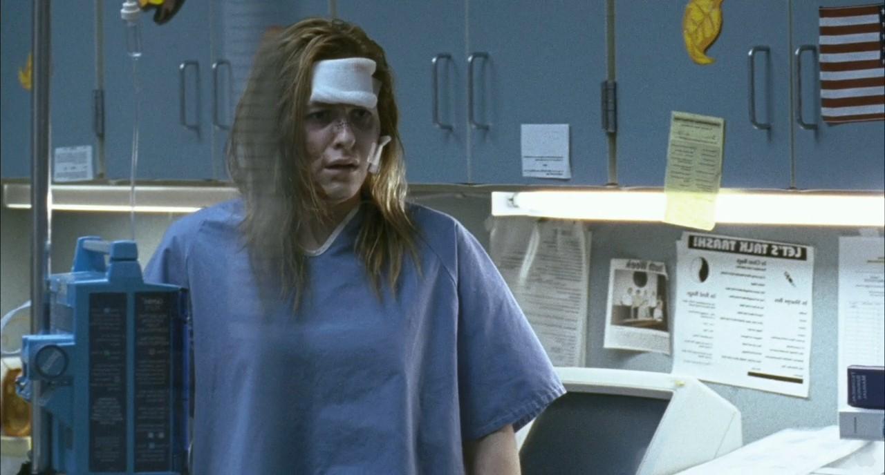 Laurie Strode, recuperándose de sus numerosas heridas.