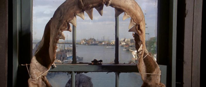 ¿Que deparará el destino para el barco Orca y sus tripulantes?