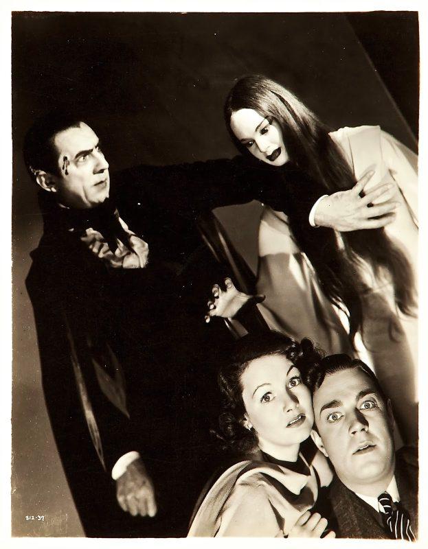 Los vampiros y los protagonistas de la película