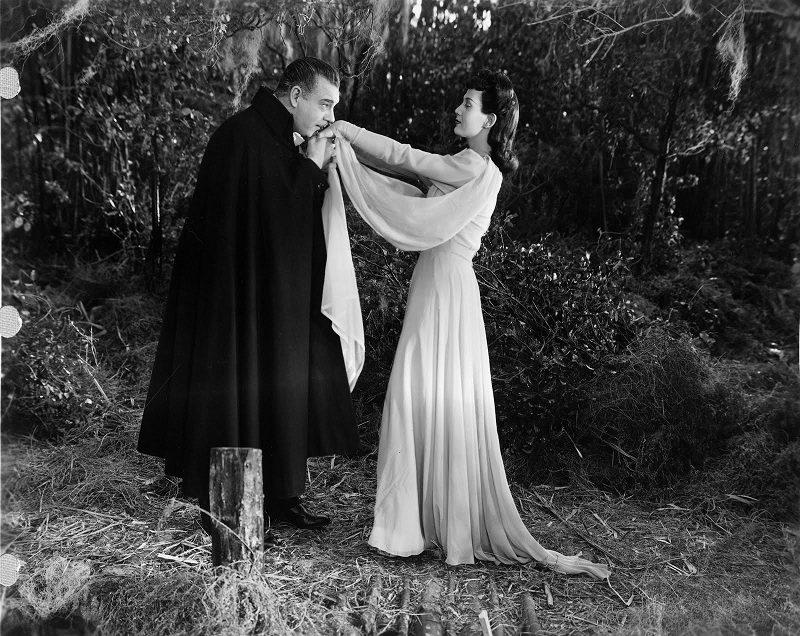 Alucard y Katherine, ambos con un plan en mente
