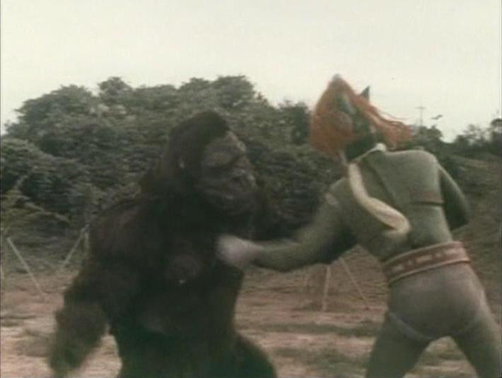 reutilizando el traje de Kong