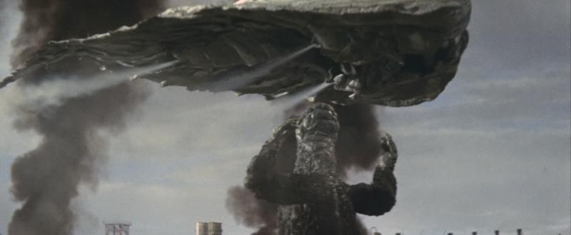 Hedorah y Godzilla peleando